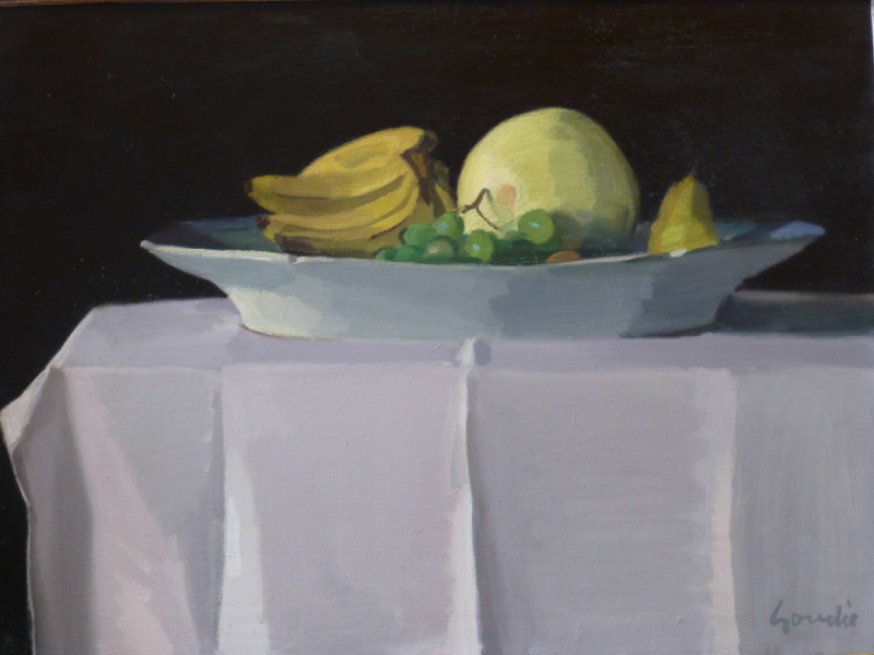 oils-platter-on-table-with-fruit